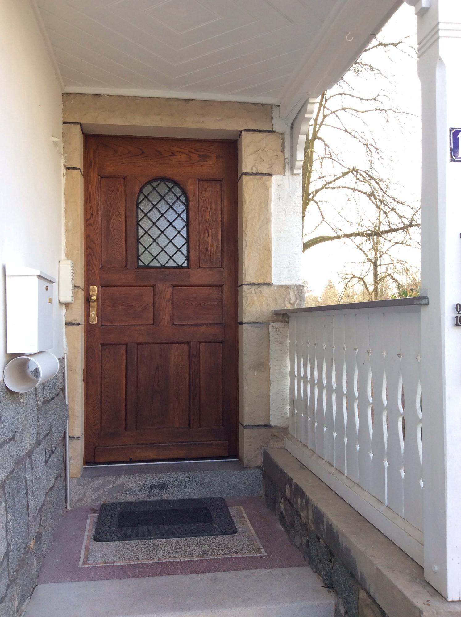 Historische Holzhaustür in Bensheim